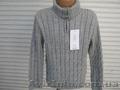 : Продаю тёплые свитер и свитер-гольф на мальчика!